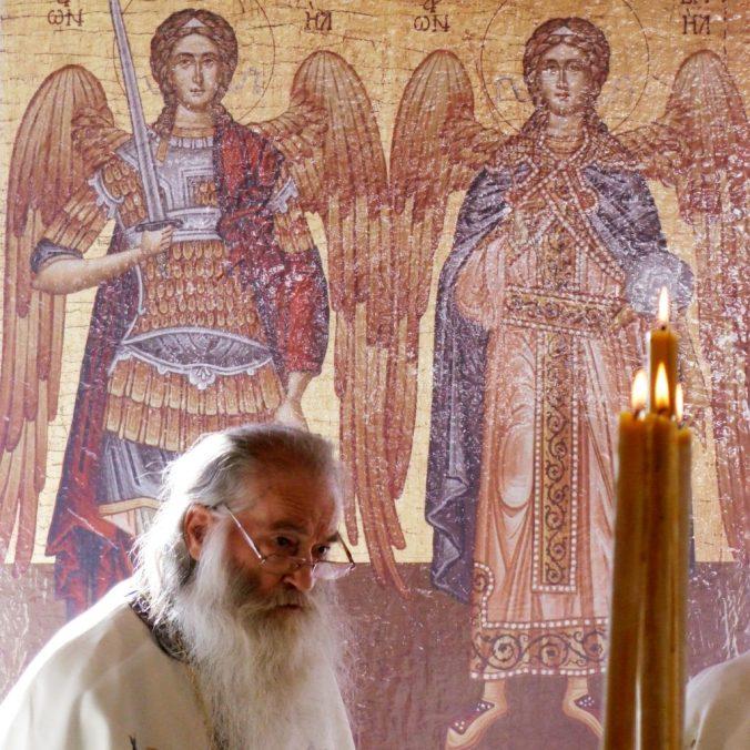 Părintele-Justin-cu-Arhanghelii-1024x1024